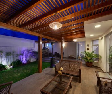 Interior,Design:,Beautiful,Modern,Terrace,Lounge,With,Pergola