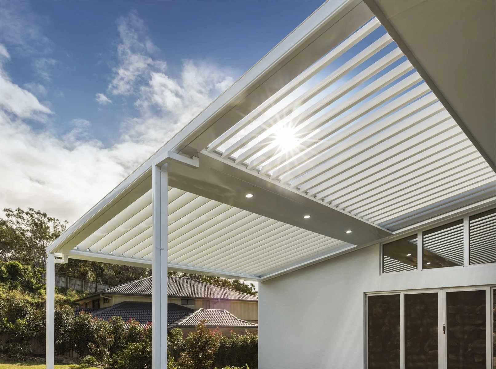 , The Benefits of a Pergola: Definitive Guide to Stratco Pergolas. Love the outdoors.
