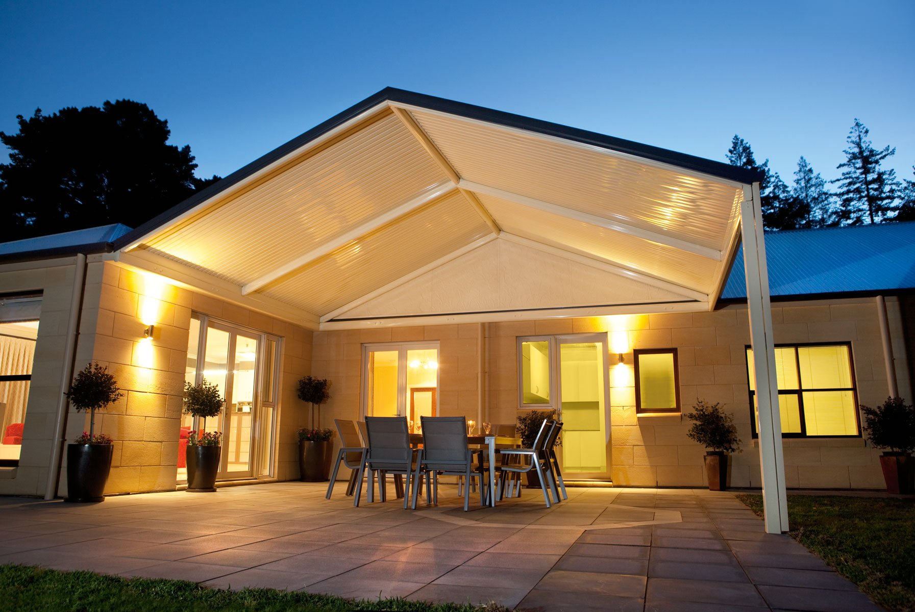 , 3 Ways to Create the Ultimate Outdoor Destination with a Verandah